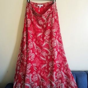 Lucy Paris Flowing Maxi Skirt Red and Gray Pattern